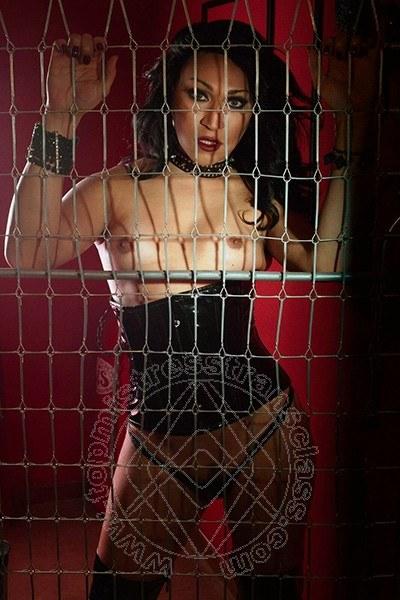 Lady Barbara Kardashian  LIDO DI DANTE 3408317576